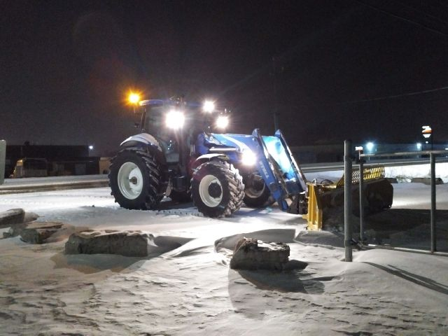 Whispering Pines Landscaping, snow removal, tractor, HLA snow blade 16 ft, new holland in Orangeville Ontario