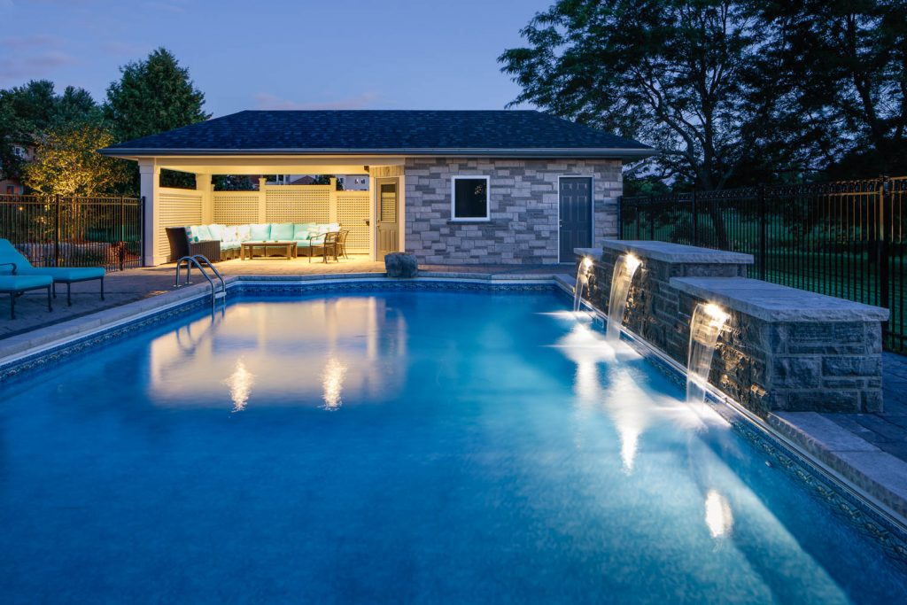 Pool and pool house in Caledon Ontario by WPL